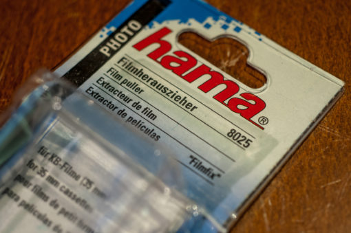 Hama(8025) Filmpicker for extracting 35mm film from canister