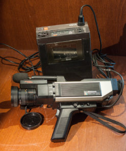 Panasonic Colour Video Camera WVP-50E + SABA Video Recorder VCR6073 (VHS-C)