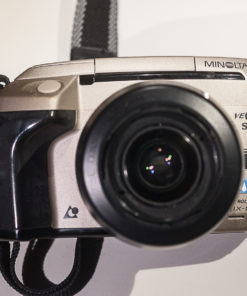 Minolta Vectis S1 + 28-56mm (APS)