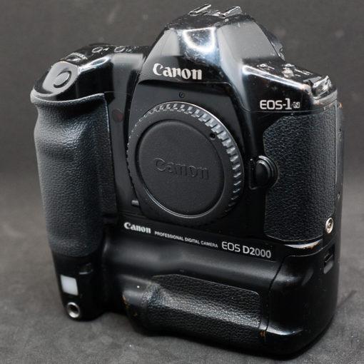 Canon D2000 (Kodak DCS520)