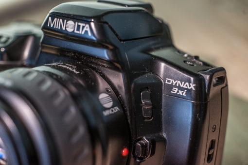 Minolta Maxxum / Dynax 3xi + 35-80mm XI