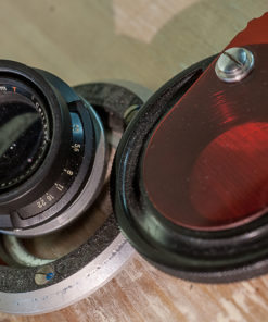 Carl Zeiss Jena 105mm F4.5 Tessar (*T) + redfilter + mounting plate for enlarger